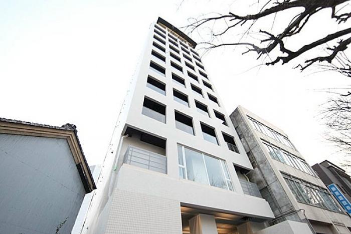 「名古屋」駅徒歩10分!