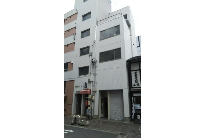 「伏見」駅徒歩5分!
