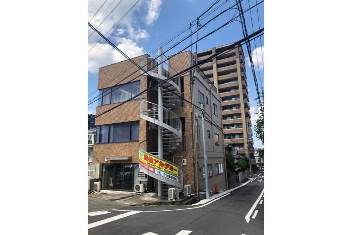 「本山」駅徒歩3分!